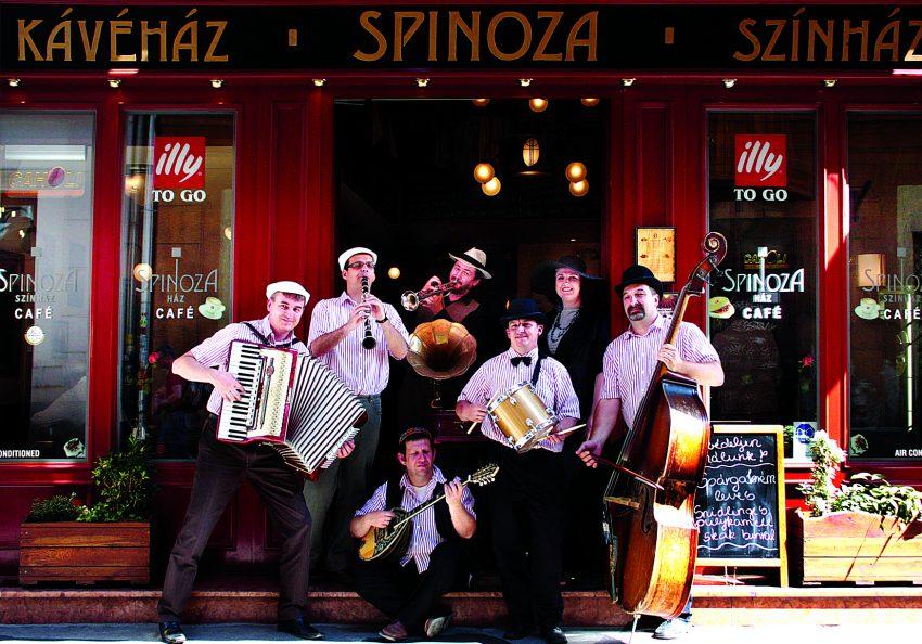 Spinoza Café & Restaurant