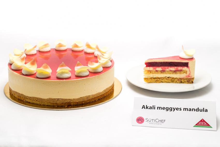 A 2019-es ország tortája verseny egyik döntőse: Akali meggyes mandula
