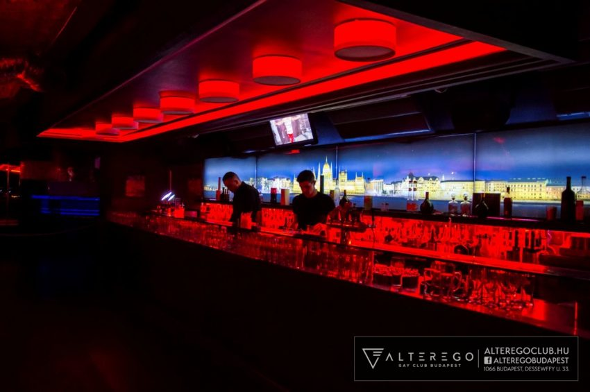 Budapesen a legismertebb melegbarát szórakozóhely: az AlterEgo Bár