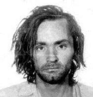 Rendőrségi fotó Charles Mansonról