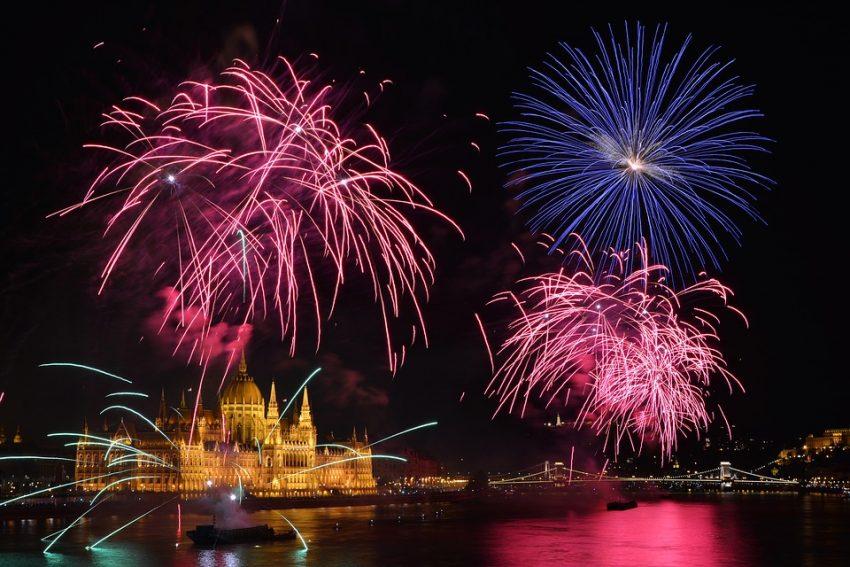 Augusztus 20-i tűzijáték Budapest fölött
