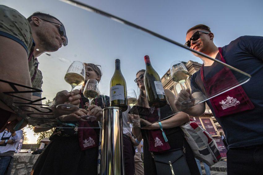 Az ország összes neves borásza felsorakozik a budavári rendezvényen