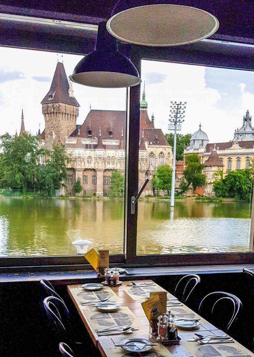 Kiváló helyszín üzleti ebédhez, megbeszéléshez a Városliget Café