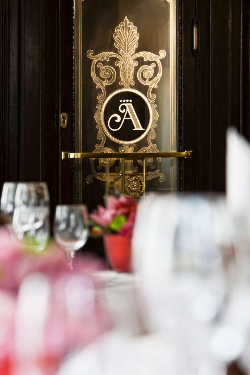 A Café Astoria remek választás baráti találkozókhoz is