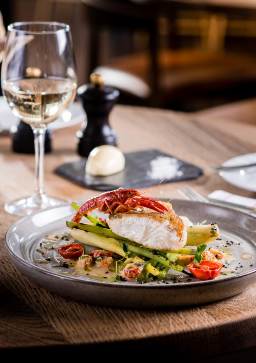 Üzleti ebédmenü vár a DNB Budapest étteremben