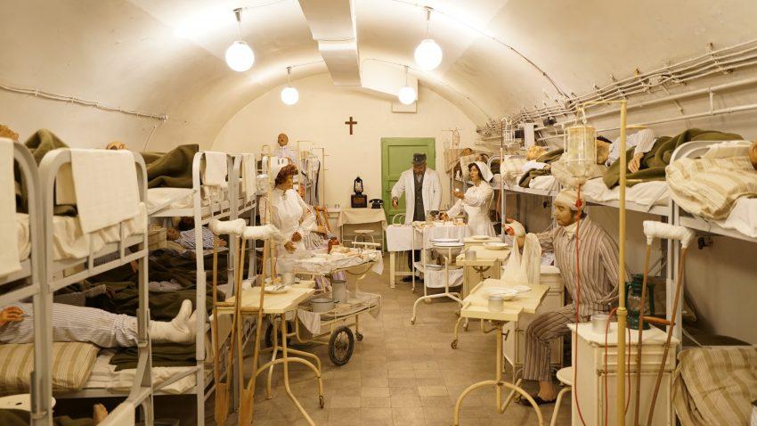 Sziklakórház / Atombunker Múzeum