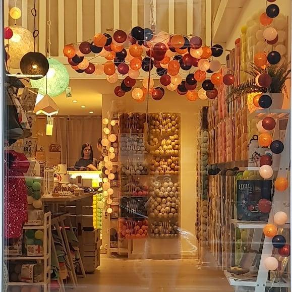 Karácsonyi ajándék ötletek: Cotton Ball Lights