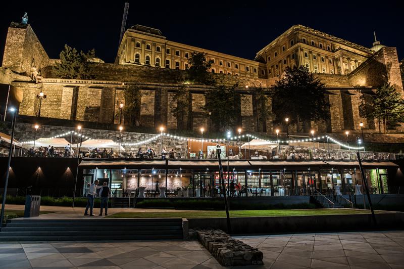 Teraszos helyek Budapest: Monkey Bistro
