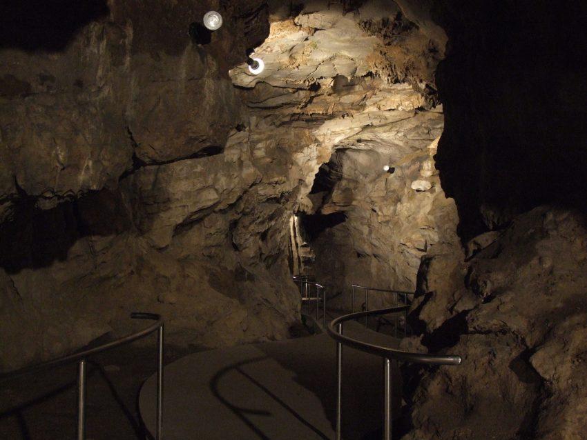 Családi programok Villány környékén: Abaligeti-barlang