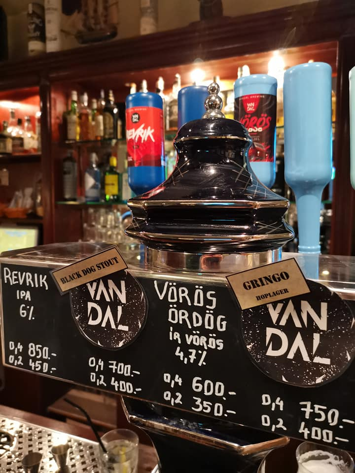 Klasszikus angol pub Budapesten: Black Dog Pub