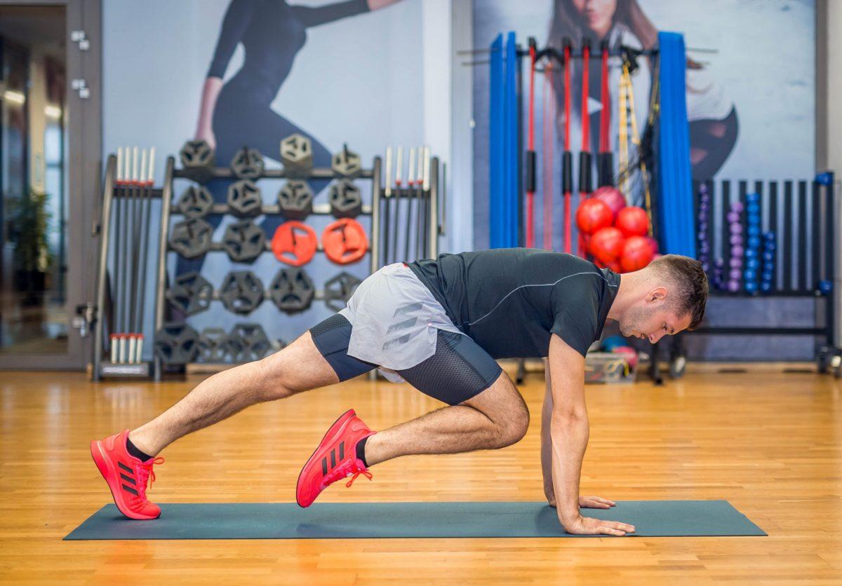 8 szuperhatékony, eszköz nélkül végezhető gyakorlat otthoni edzésekhez