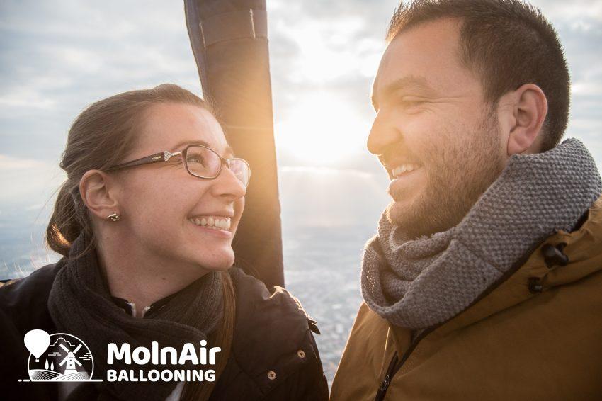 Közös élmény ajándék pároknak karácsonyra: MolnAir Ballooning