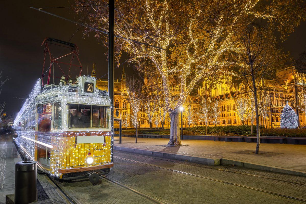 2020-ban is jár a Fényvillamos Budapesten: Íme a menetrend