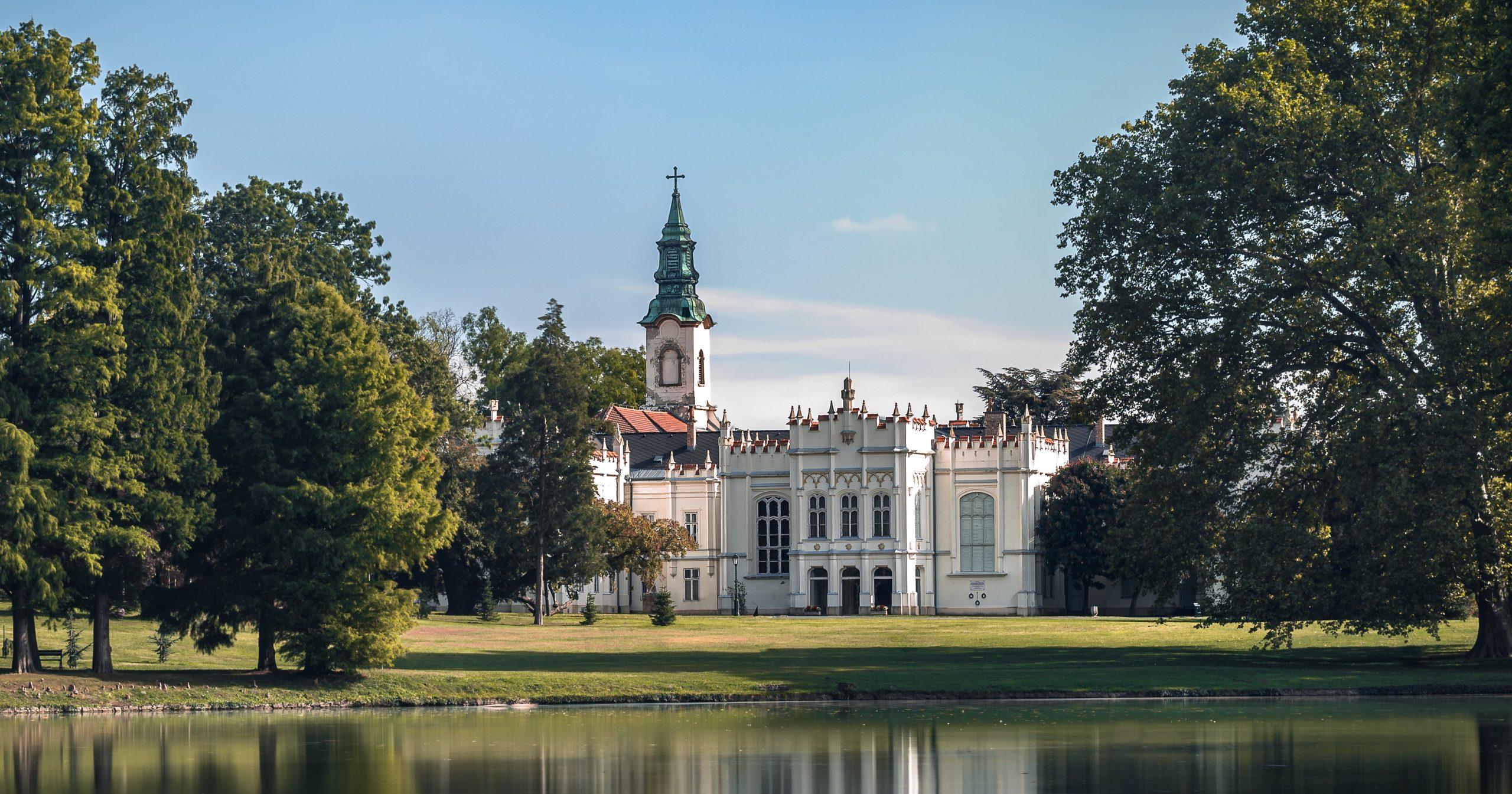 Magyarország legszebb helyei: 15 mesebeli kastély, amit egyszer az életben látni kell