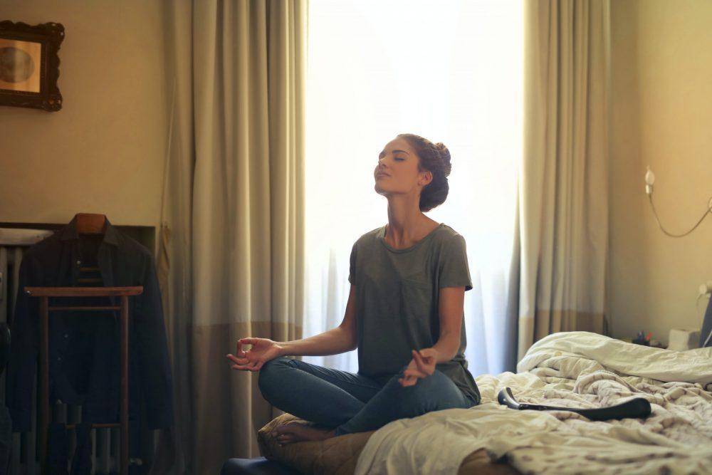 A meditáció 6 jótékony hatása az életünkre
