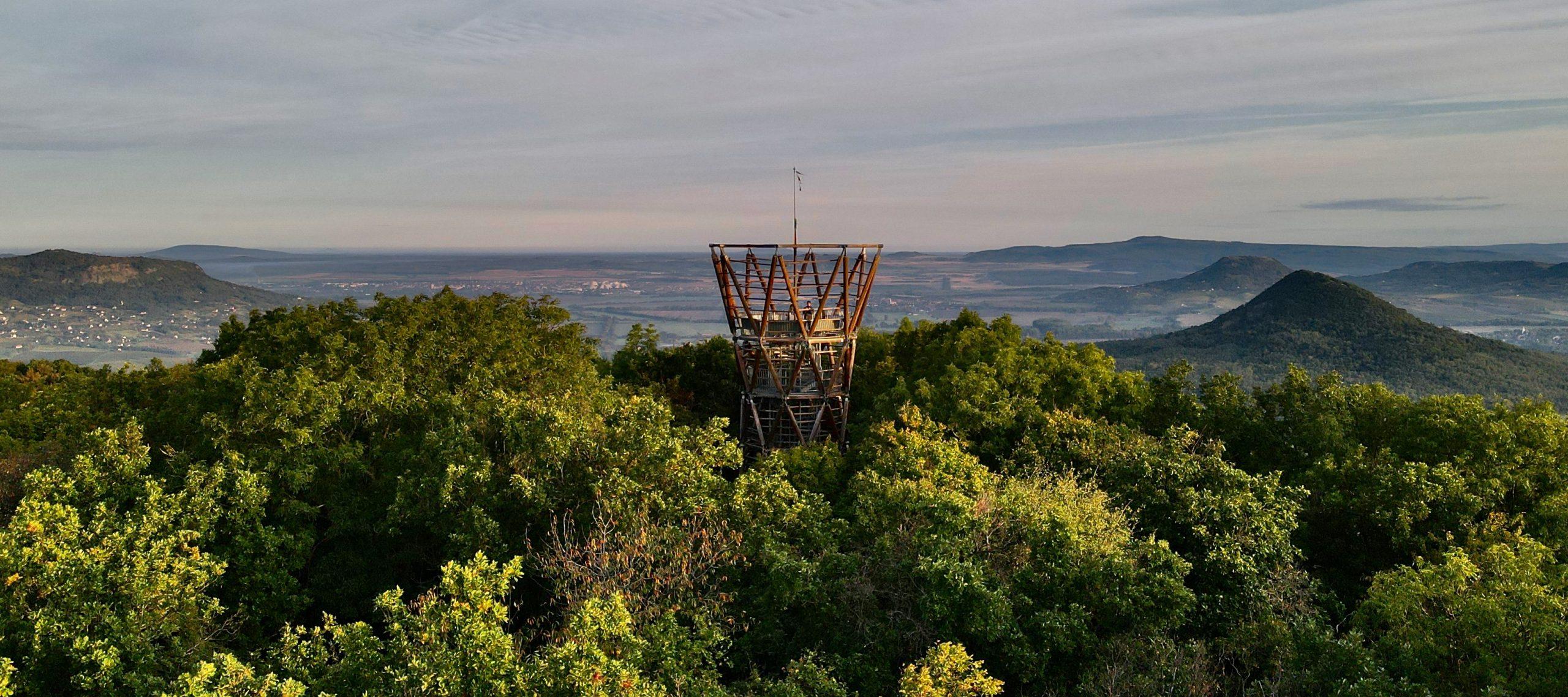 Magyarország legszebb helyei: 15 csodálatos kilátó, ahonnan pazar panorámában gyönyörködhetünk