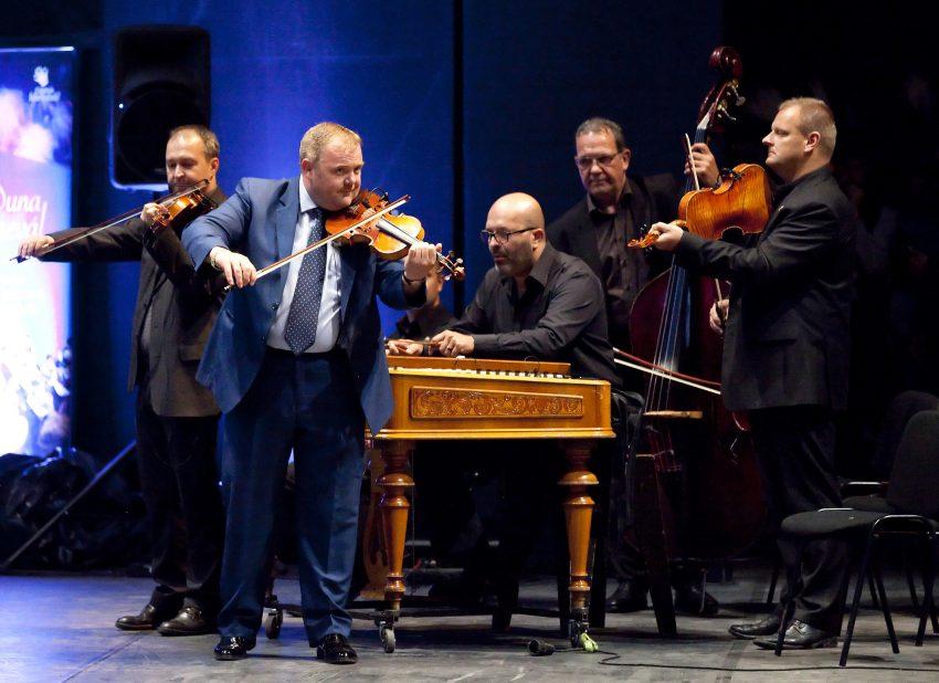 Jubileumi koncertre készül Pál István Szalonna és Bandája
