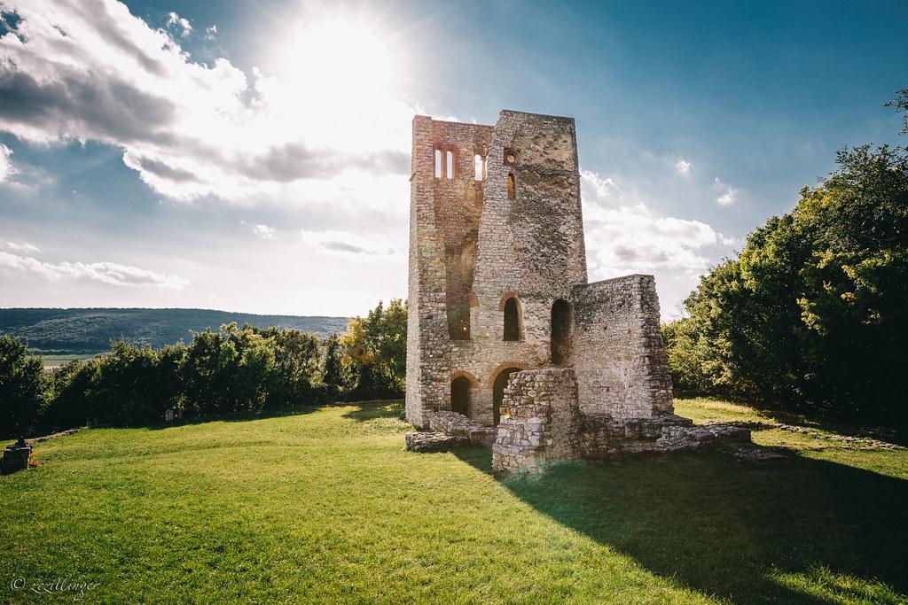30 csodás látnivaló és kirándulóhely a Balaton északi partján, amit nem érdemes kihagyni