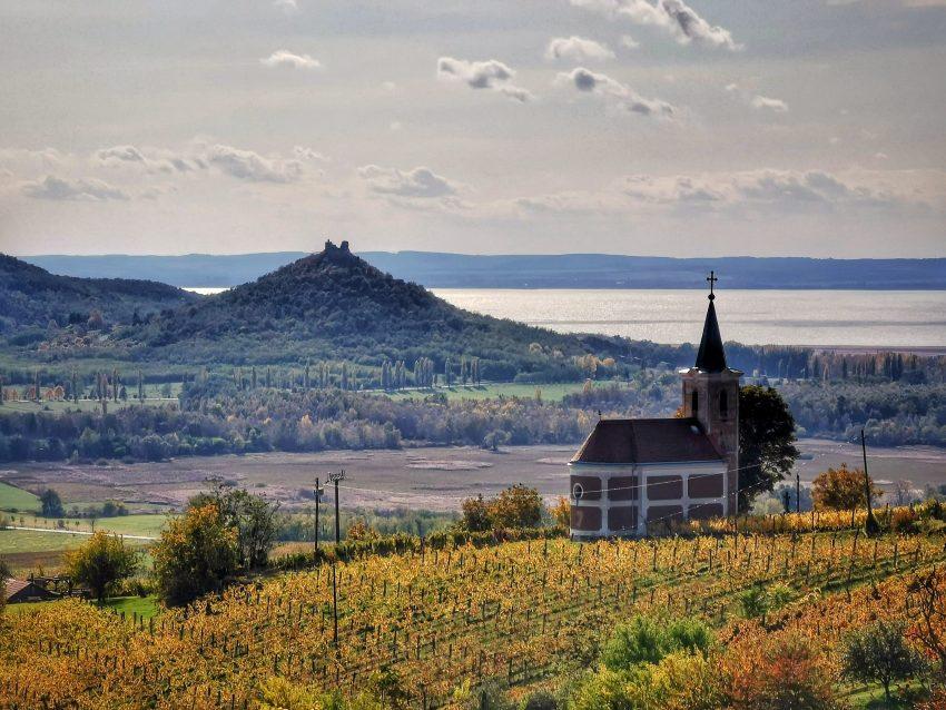 Balaton északi part kirándulás: Lengyel kápolna, Hegymagas
