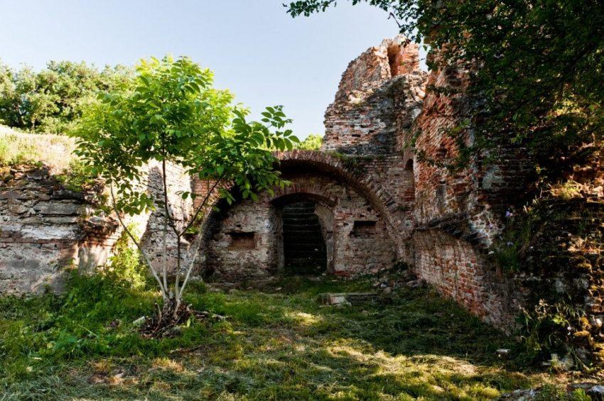 Balatoni kirándulóhelyek: Fehérkő vára, Kereki