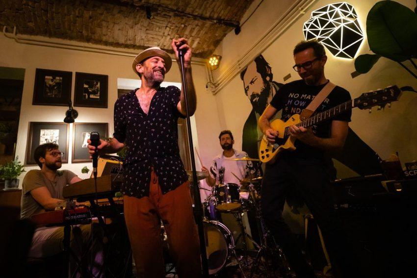 Budapesti porgramok a hétvégén: Kéknyúl koncert
